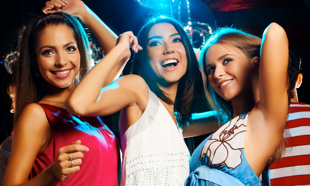 Best Bar Nightclubs and Entertainment in Chicago for bachelorette party